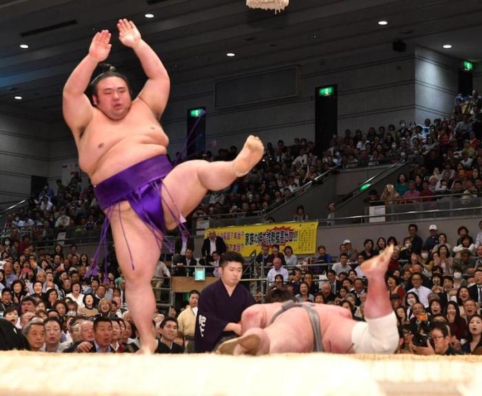 Takakeisho Extra Point
