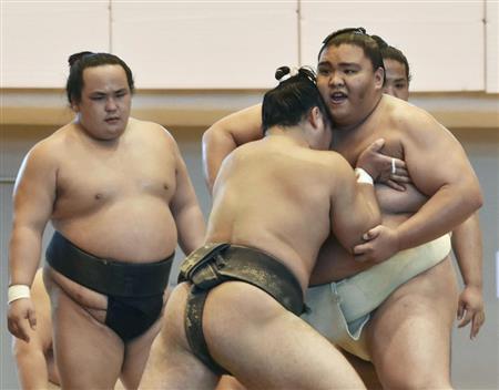 mitakeumi-gives-butsukari