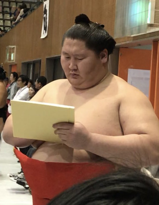 ichinojo-in-kesho-mawashi