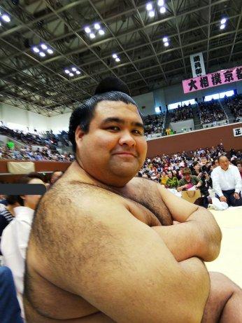takayasu-by-tomozuna