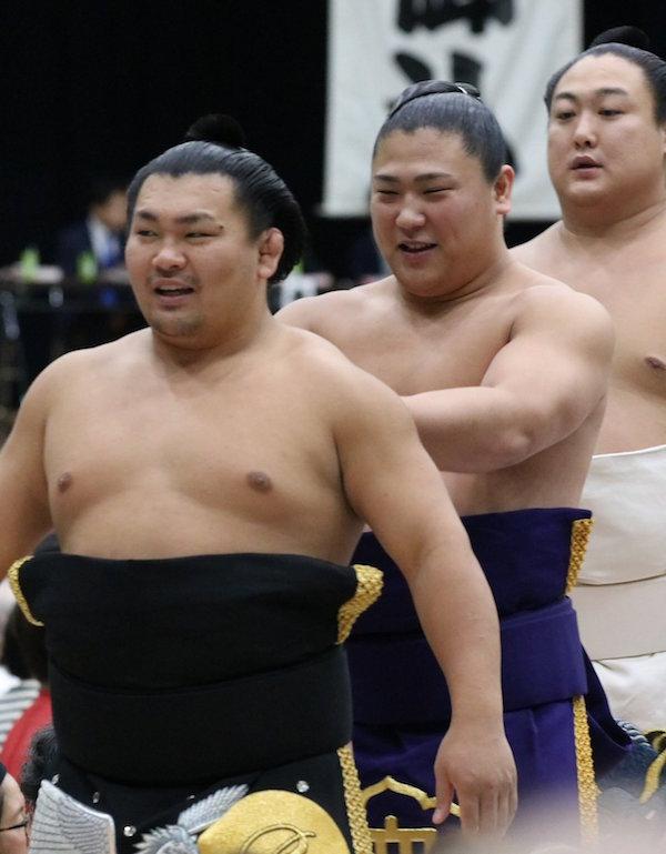 wakatakakage-plays-with-terutsuyoshi