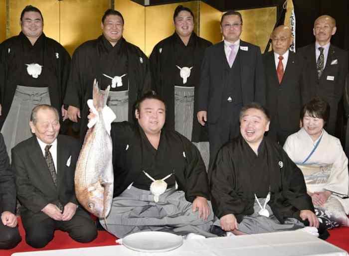 sp-takakeisho-a-20181126-870x639