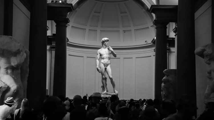 """This is what gay guys think about Michelangelo's """"David's"""" attractiveness"""