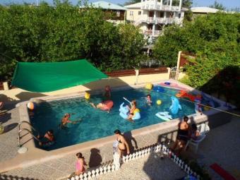 Belize Pool