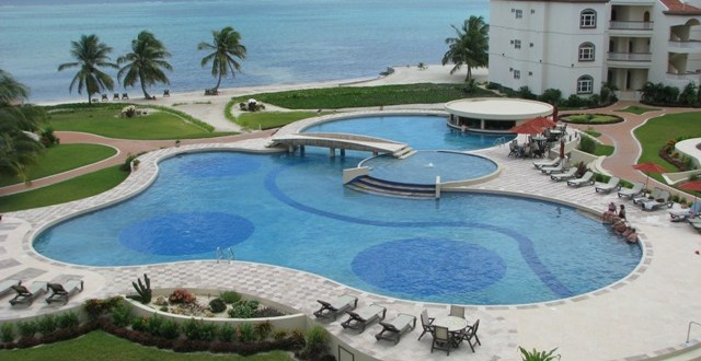 Test Drive the Ambergris Caye Lifestyle