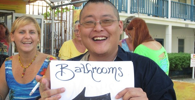 Chapin Duran Fundraiser at Wayo's and Judging the Christmas Lights of San Pedro