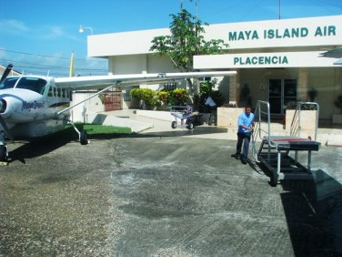 maya air flight to placencia airport