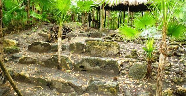 Marco Gonzalez Maya ruin