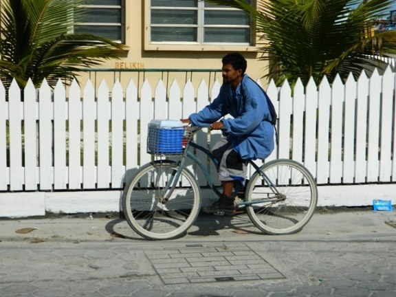 beach cruiser bike san pedro belize
