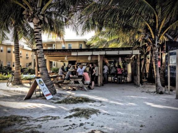 coco loco's belize beach bar
