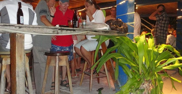 Things to do in Belize – Friday Night Trivia at Crazy Canucks
