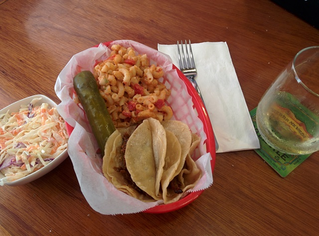 leisa's tacos and chardonay