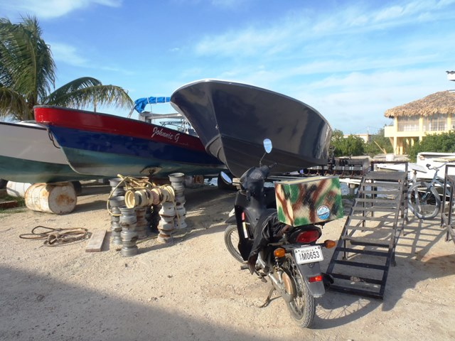 captain sharks marine center & boat yard belize