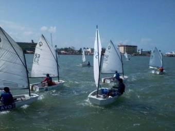 belize sailing school