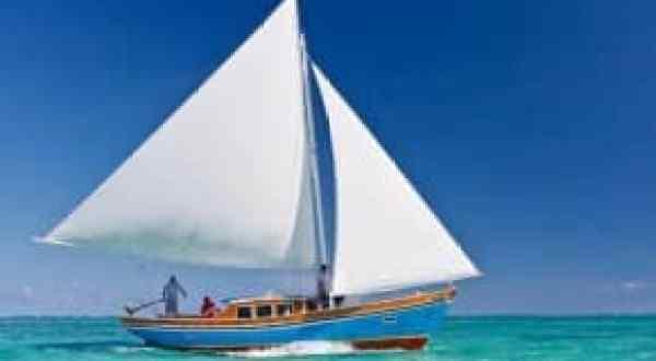 Sailing on the Sirena Azul