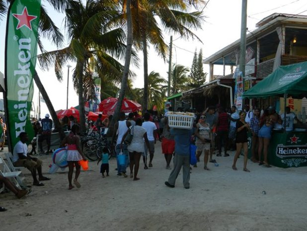 Many of us agreed that it was not as crowed on the beach as everyone was at the big party on Caye Caulker