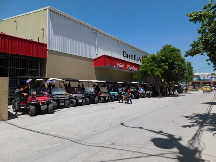 ambergris-caye-hardware-store-shopping