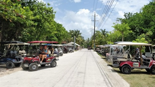 April 2018 Farmers Market Belize