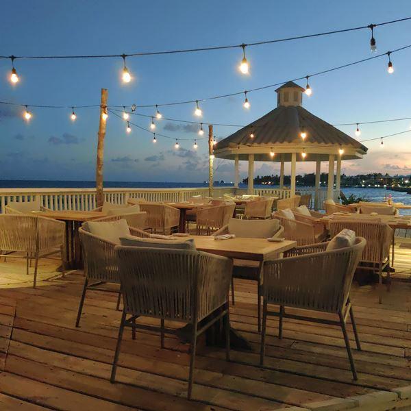 San Pedro Restaurants on the Water