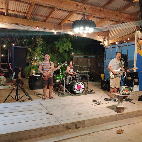 live music the truckstop bar north ambergris caye belize