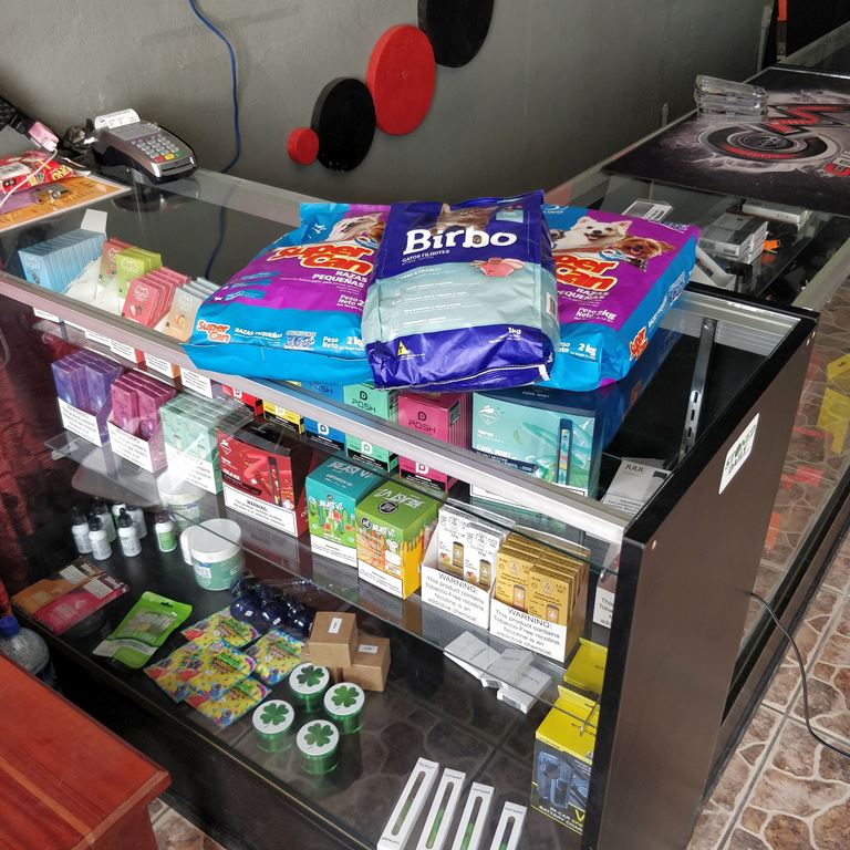 inside vape store belize