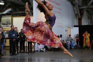 TUPAC african dancer