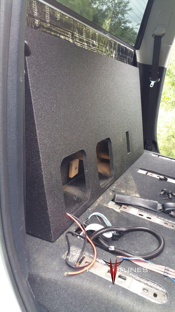 Crewmax 2014 Box Subwoofer Tundra
