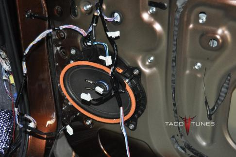 Toyota Tundra CrewMax 1794 Complete Audio System (22)
