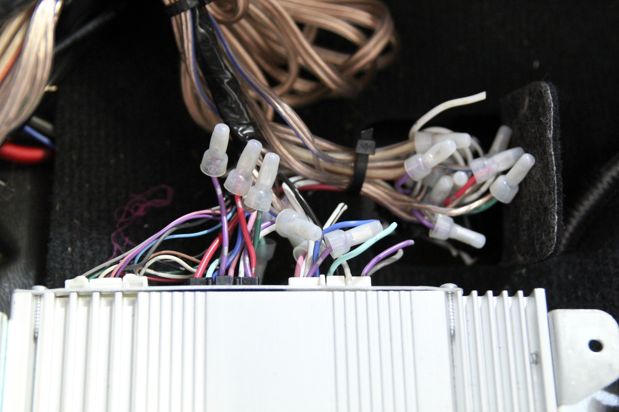 Toyota Tundra JBL Wiring Harness Repair Before Picture 6?resize\\\\\\\\\\\\\\\=647%2C431 wiring harness for lighted dee fuel pump wiring harness diagram  at crackthecode.co