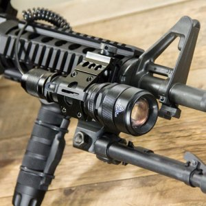 Tactical Gear - LM500 TactX Elite Flashlight Kit with trigger switch and Picatinny rail mount for AR-15 and rifles