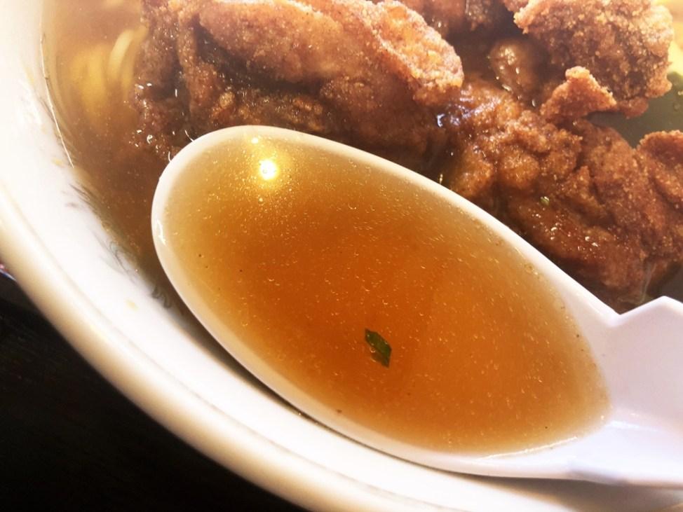 ふじや「唐揚ラーメン」スープ