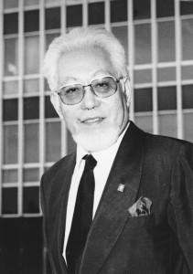 昭和50年代後半からあごひげを伸ばし始めました。