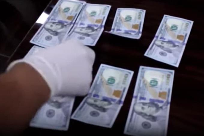 Спецслужбы задержали прокурорских работников за вымогательство