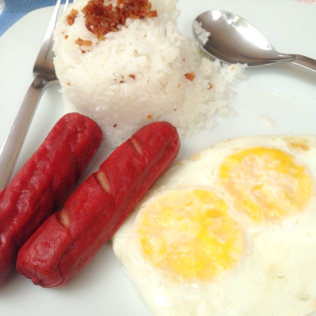 HotSiLog: Filipino Breakfast for Champions!