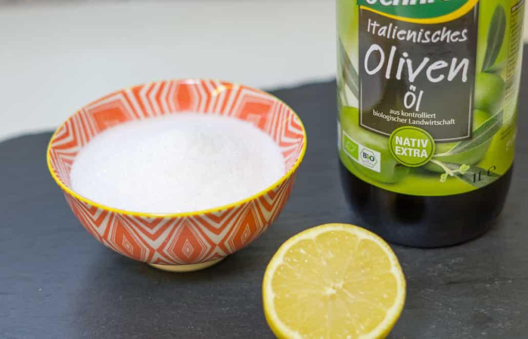 Zitrone Salz Olivenöl Peeling