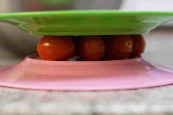 schnell-Tomaten-zerschneiden