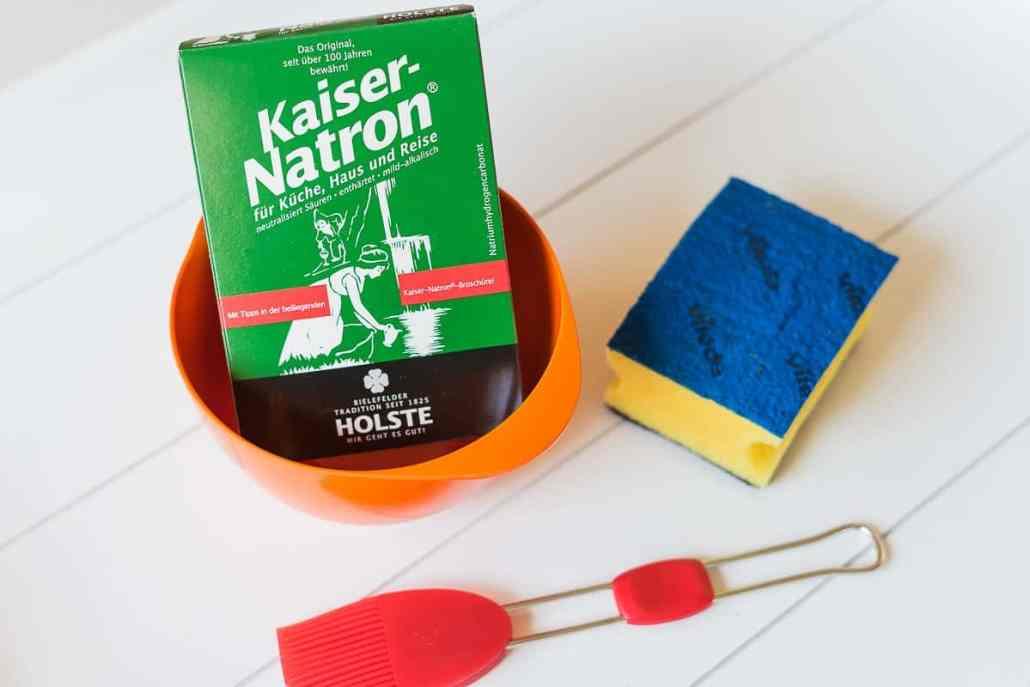 Backofen reinigen mit Natron