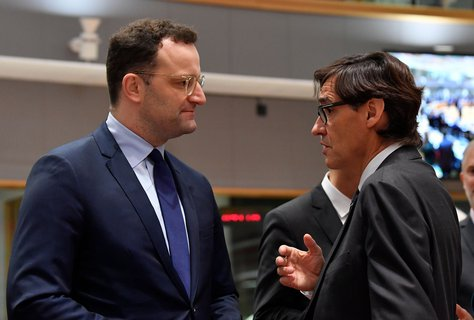 Jens Spahn (left) and the Spanish Minister of Health.