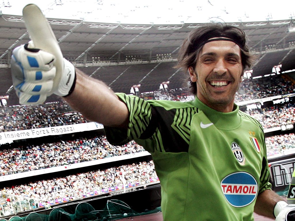 Gianluigi_Buffon_7m