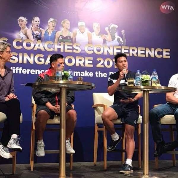 Coach Tan Xu Teng presenting at the WTA Finals Coaches Conference