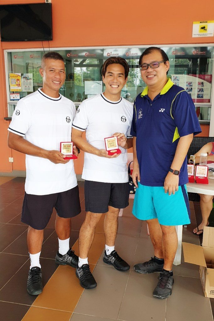 Singapore Open Champions 2019 - Coach xt and Coach Peter Egos