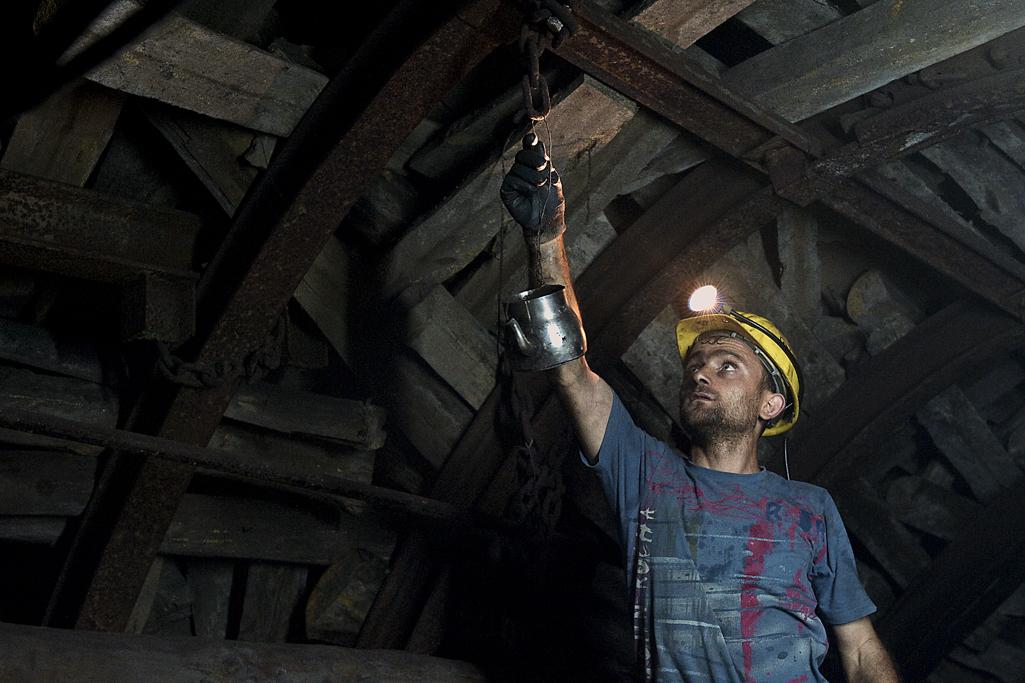 Tahir Özgür Madenciler-12