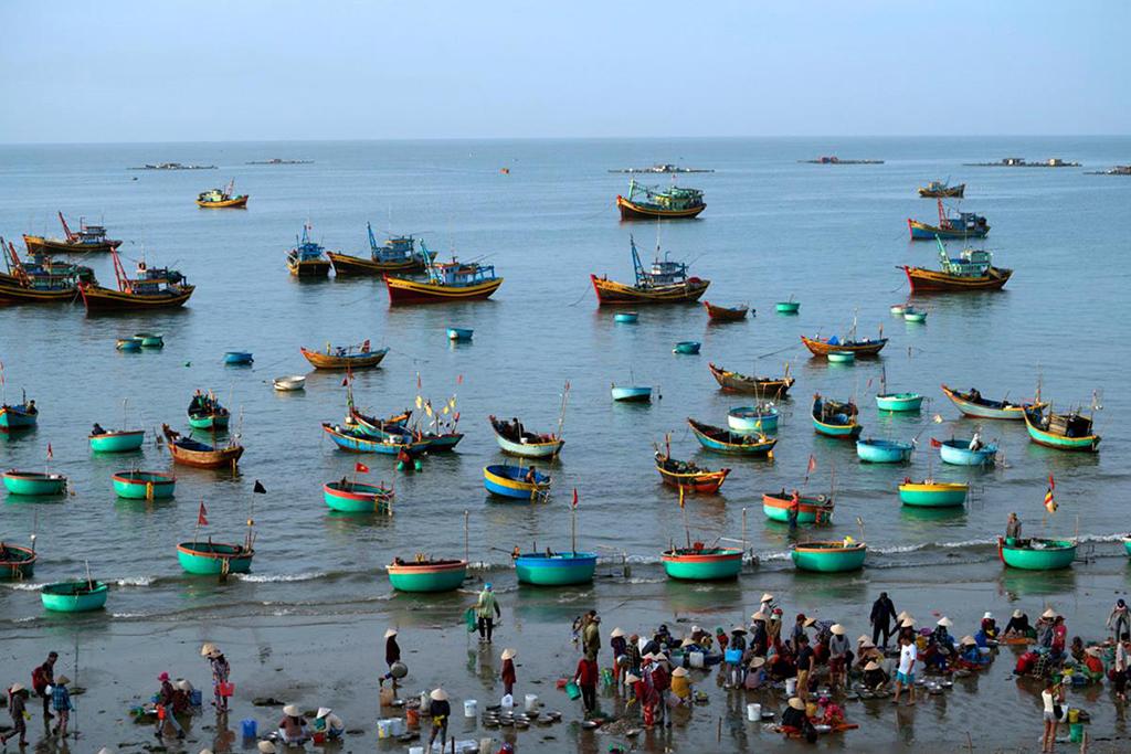 Tahir Özgür Vietnam-Cambodia-120a