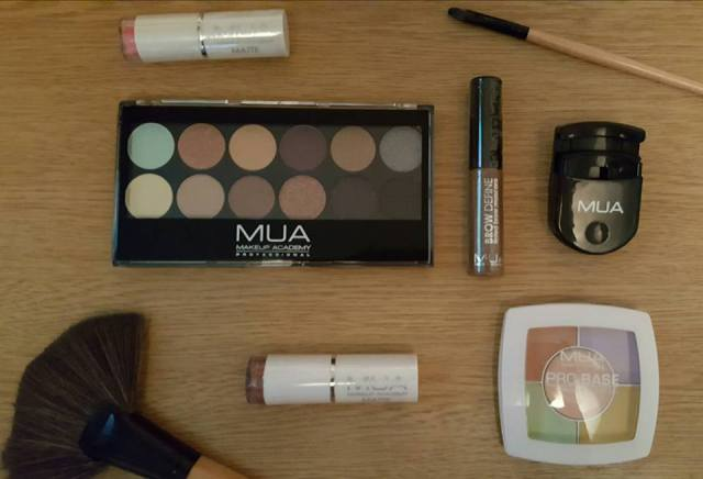 Mua makeup haul eyeshadow