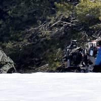 Behind-the-Scenes Action Photos of Tom Cruise Filming Top Gun: Maverick (aka Top Gun 2)