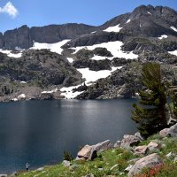 Hiking Winnemucca Lake