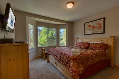 Elk View Bedroom 2
