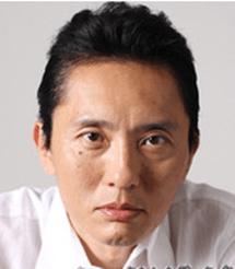 東 龍太郎(あずま りょうたろう) 役