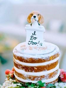 wedding-cake-toper-with-dog-shape