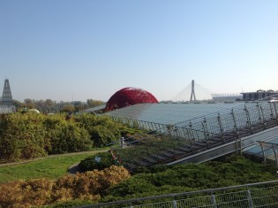 University of Warsaw Library and its spectacular garden